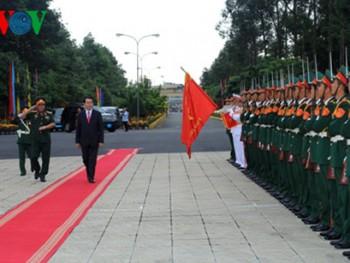 Chủ tịch nước chúc Tết cán bộ, chiến sĩ Quân khu 9
