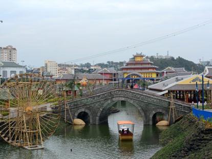 Công viên chủ đề lớn nhất Đông Nam Á sắp khai trương tại Hạ Long - VnExpress Du Lịch