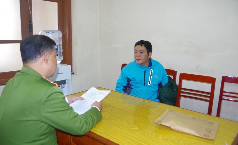 thai nguyen bat giu doi tuong mua ban trai phep hon 1 banh heroin