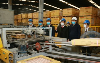 Kiểm tra công tác phòng, chống dịch viêm đường hô hấp cấp tại Công ty CP Prime Phổ Yên