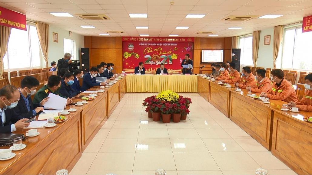 Đồng chí Bí thư Tỉnh ủy thăm và động viên các đơn vị, doanh nghiệp