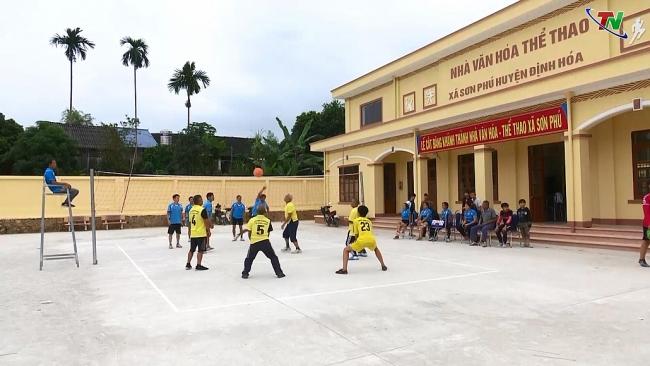 Toàn dân tham gia rèn luyện thể dục thể thao