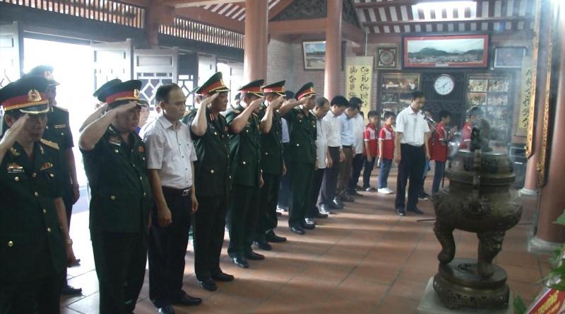 thuong tuong be xuan truong dang huong tai khu di tich lich su 277