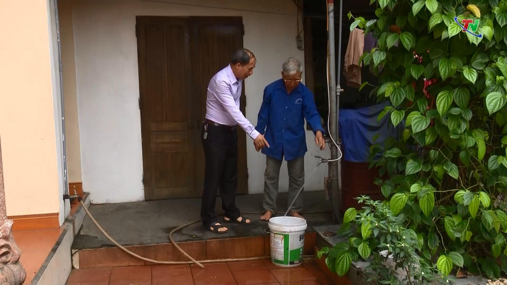Nâng cao nhận thức của người dân về sử dụng nước hợp vệ sinh