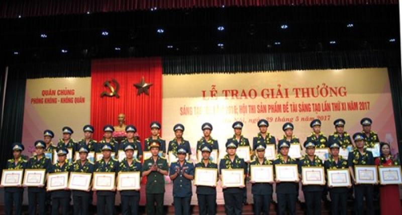 """Quân chủng Phòng không - Không quân trao 80 Giải thưởng """"Sáng tạo trẻ"""" và Hội thi """"Sản phẩm, đề tài sáng tạo"""""""
