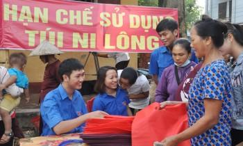 Phát làn cho nông dân đi chợ, chuyện thú vị ở nhiều làng quê