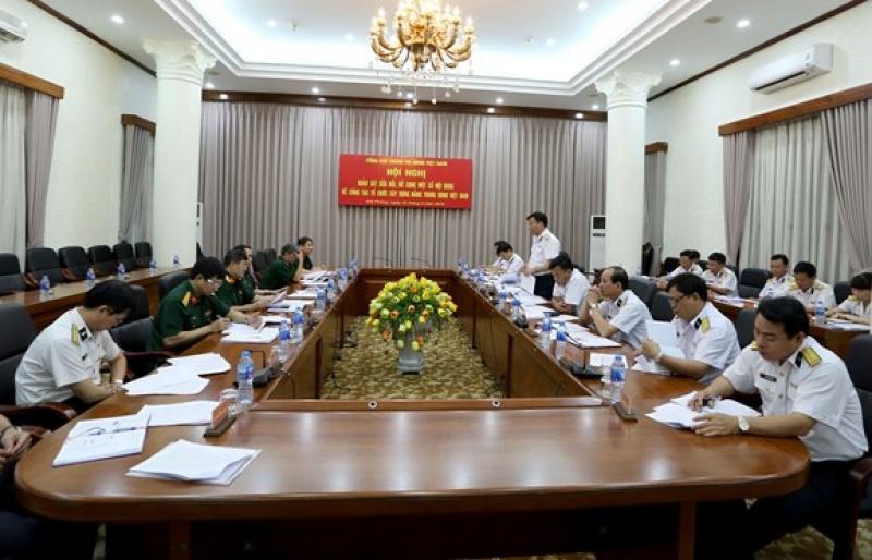 Đoàn công tác Tổng cục Chính trị làm việc với Quân chủng Hải quân