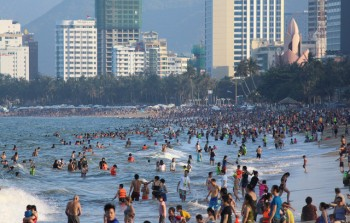 Nha Trang: Sắp thành lập đội tình nguyện sinh viên hỗ trợ khách du lịch