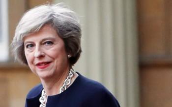 Thủ tướng Nguyễn Xuân Phúc gửi điện mừng Thủ tướng Anh