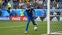 brazil 2 0 costa rica may ma con do coutinho