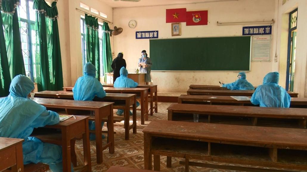 Kiểm soát nghiêm ngặt công tác phòng chống dịch trong ngày thi đầu kỳ thi tuyển sinh lớp 10