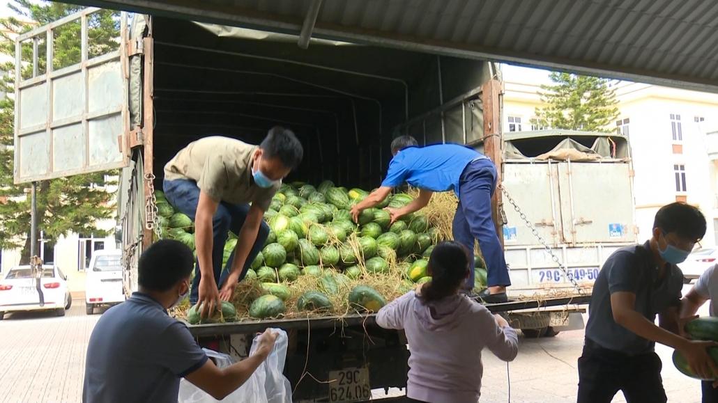 Hỗ trợ tiêu thụ nông sản cho tỉnh Bắc Giang