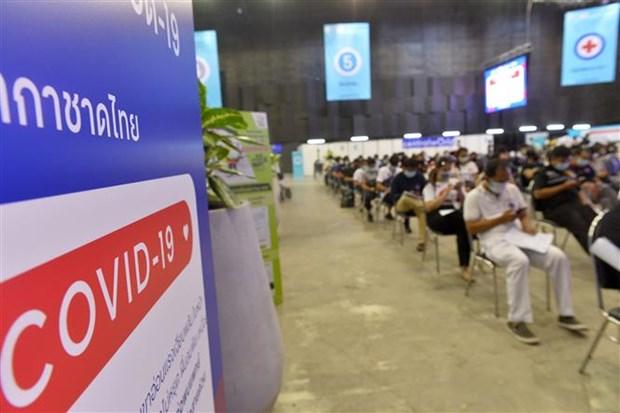Số người tử vong vì COVID-19 theo ngày tại Thái Lan lập mốc mới