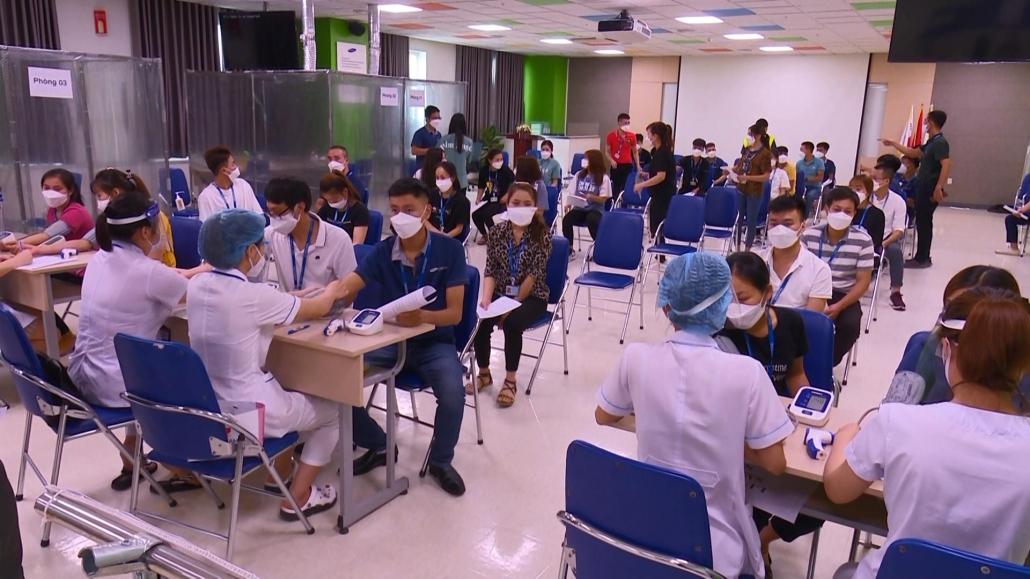 Sàng lọc để sẵn sàng cho chiến dịch tiêm vắcxin phòng COVID-19 diện rộng