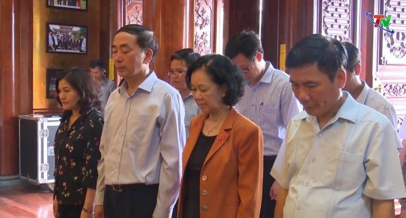 truong ban dan van trung uong tham tang qua tai tinh thai nguyen