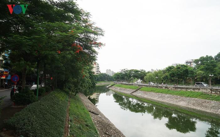 phai thong bao bang van ban truoc khi thoat nuoc vao song to lich