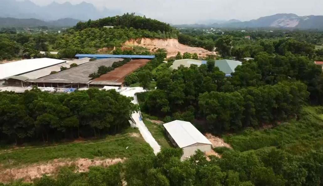 Trang trại chăn nuôi gây ô nhiễm môi trường tại xã Minh Đức