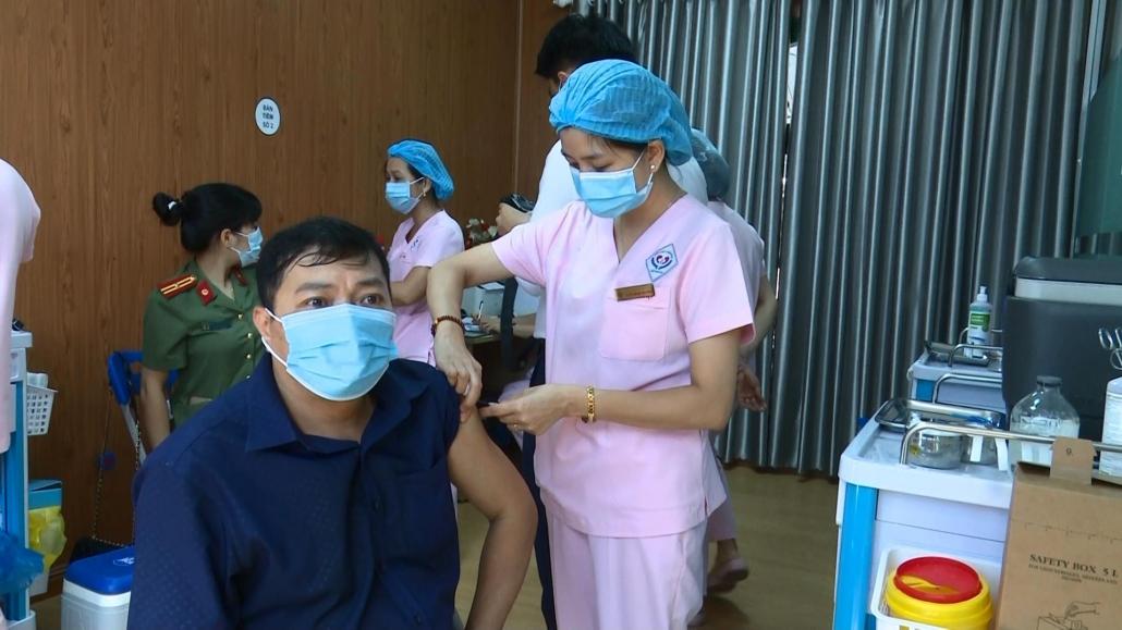 Đẩy nhanh tiến độ tiêm vắc xin phòng COVID-19 trên địa bàn tỉnh Thái Nguyên