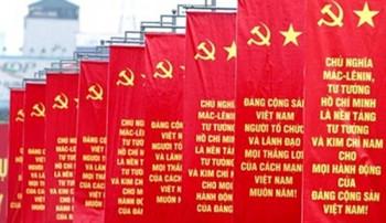 ban bi thu chan chinh cong tac can bo de chuan bi tot nhan su khoa moi