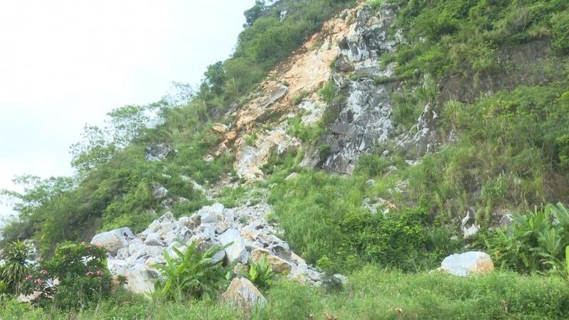 Cần khẩn trương khắc phục sạt lở đất, đá
