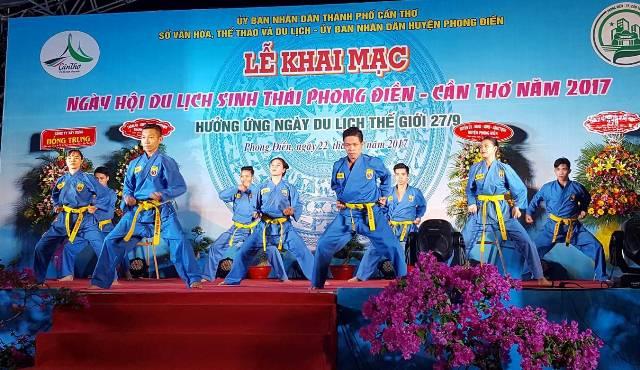can tho den phong dien di cho noi thuong thuc dac san