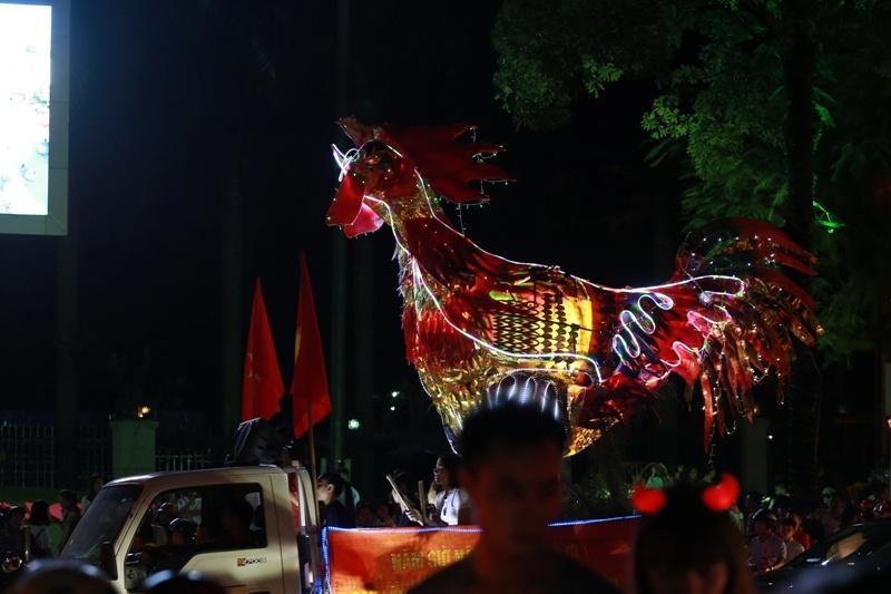 thai nguyen soi noi dem hoi trang ram