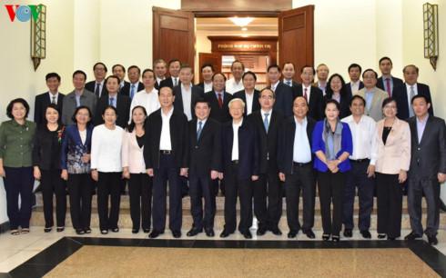 Bộ Chính trị đánh giá cao sự phát triển của Thành phố Hồ Chí Minh
