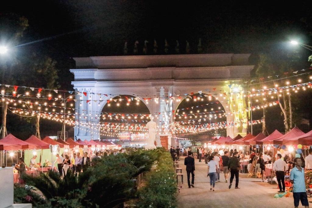 """Khai mạc con đường lễ hội """"Danko Square – Lễ hội sắc màu châu Âu"""""""