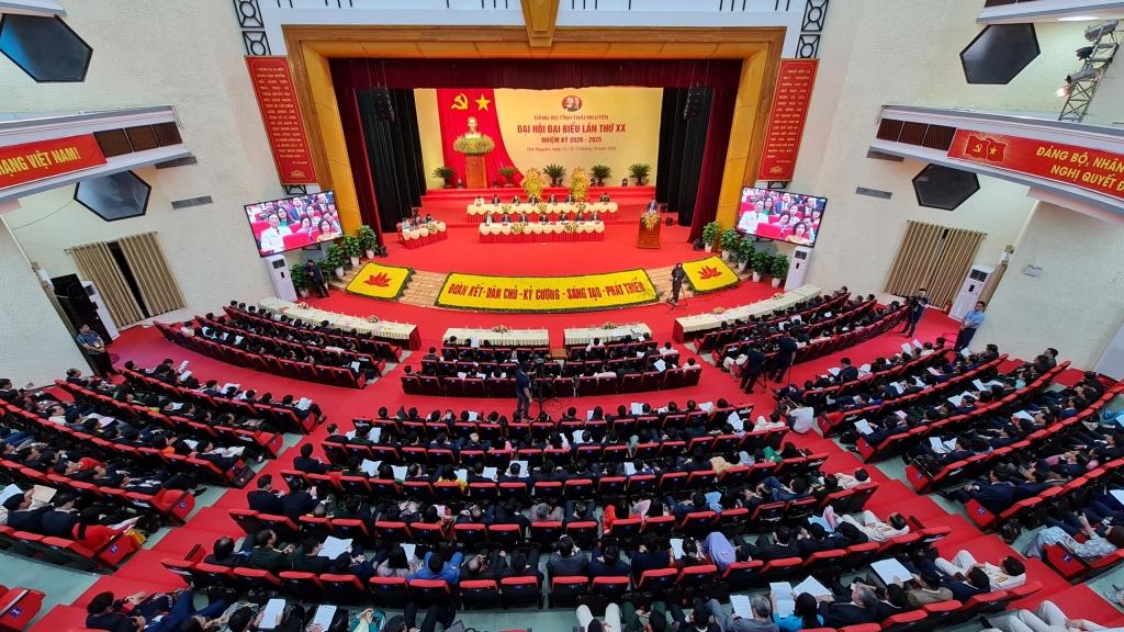 Ngày làm việc thứ nhất Đại hội đại biểu Đảng bộ tỉnh Thái Nguyên lần thứ XX