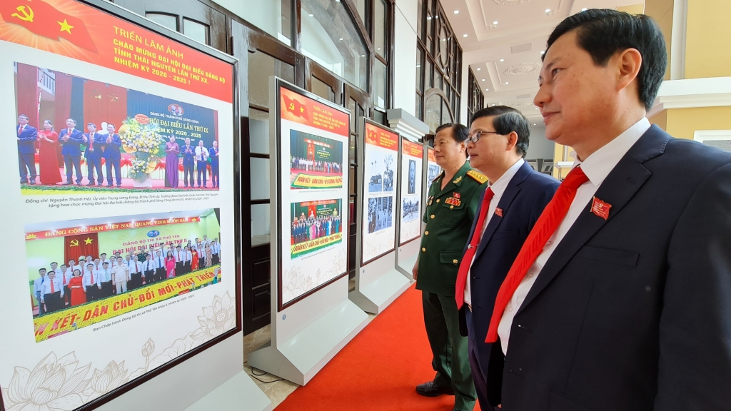 [Photo] Ngày làm việc thứ nhất Đại hội đại biểu Đảng bộ tỉnh Thái Nguyên lần thứ XX, nhiệm kỳ 2020   2025
