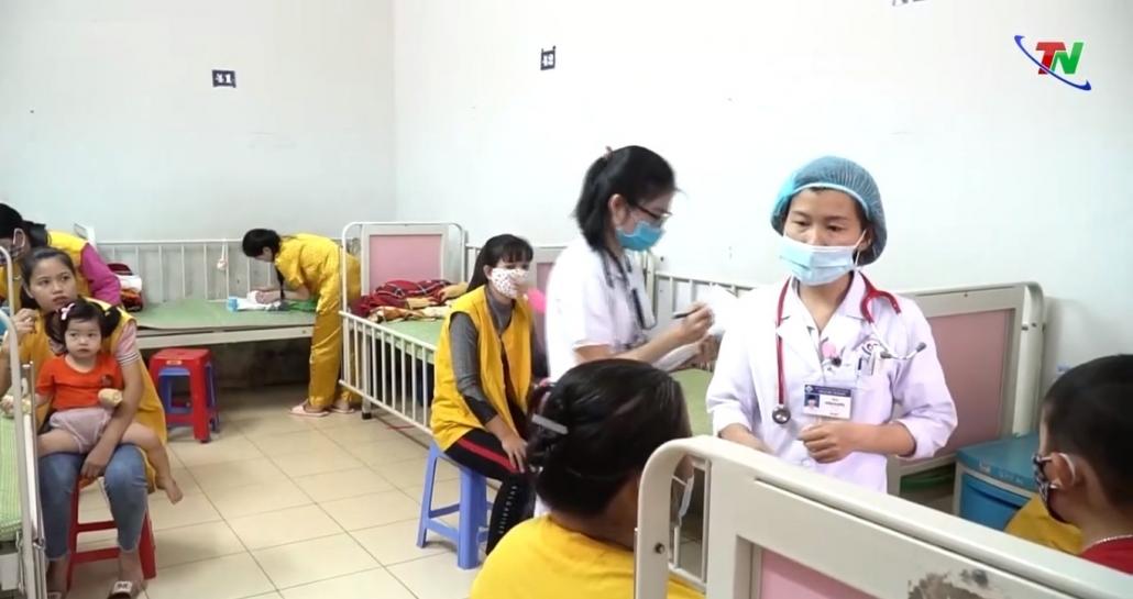 Không nên chủ quan với bệnh giao mùa ở trẻ em