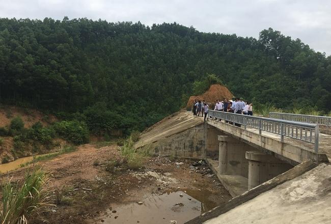 Đẩy nhanh tiến độ công trình Hồ chứa nước Vân Hán
