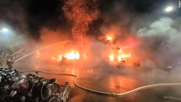 Cháy chung cư cao tầng ở Đài Loan, ít nhất 46 người chết
