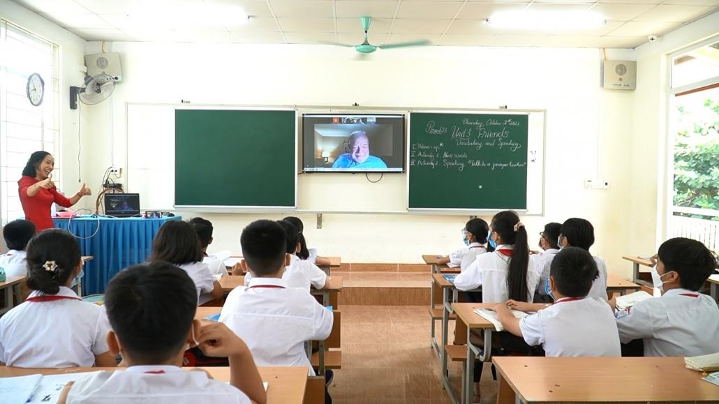 Chuyển đổi số giáo dục - thay đổi để thích nghi