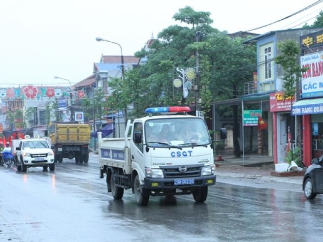 Phổ Yên: Ra quân tuyên truyền Ngày Pháp luật Việt Nam