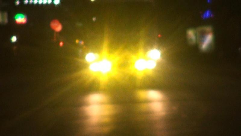 """Khó để kiểm soát phương tiện giao thông """"độ"""" đèn"""