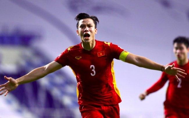 Bẻ nanh những chú hổ Malaysia, đội tuyển Việt Nam tăng bậc trên BXH FIFA