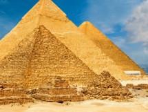 phong bi mat trong kim tu thap chua ngai sat lam tu thien thach cua pharaoh