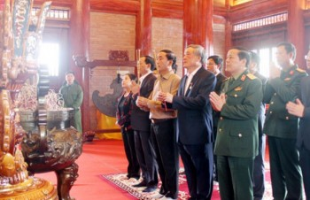 Lãnh đạo Tòa án nhân dân tối cao dâng hương tưởng nhớ các Anh hùng liệt sỹ TNXP Đại đội 915, Đội 91 Bắc Thái