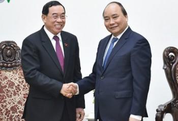 Việt Nam hỗ trợ và hoan nghênh Lào đầu tư xây dựng cảng biển
