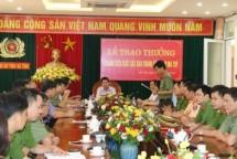 thuong nong 200 trieu dong cho cac luc luong pha vu an ma tuy khung