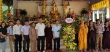 lanh dao tinh thai nguyen tang qua nhan dai le phat dan nam 2018 phat lich 2562