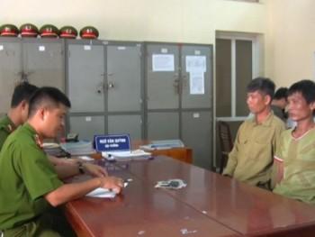 Phú Bình bắt 2 đối tượng mua ma túy sử dụng