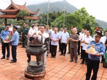 Lãnh đạo tỉnh Thái Nguyên dâng hương tưởng nhớ các Anh hùng, Liệt sỹ