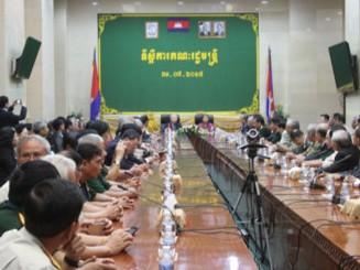 Phó Thủ tướng Campuchia tiếp Đoàn cựu Quân tình nguyện Việt Nam