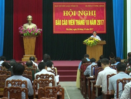 Ban Tuyên giáo Tỉnh ủy tổ chức Hội nghị báo cáo viên tháng 10