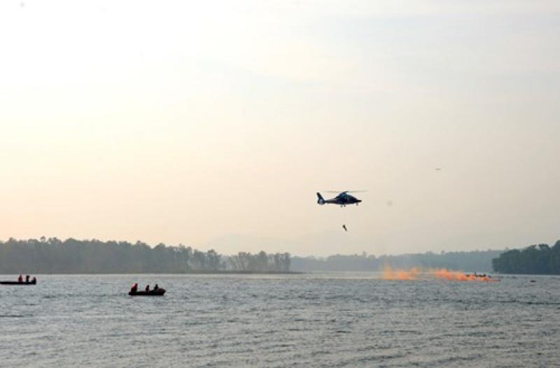 Quân chủng Phòng không-Không quân diễn tập tìm kiếm cứu nạn đường không