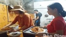 loai cua ky la o bac giang 2 cang phu da moc long muon bat phai dung chai bat quai
