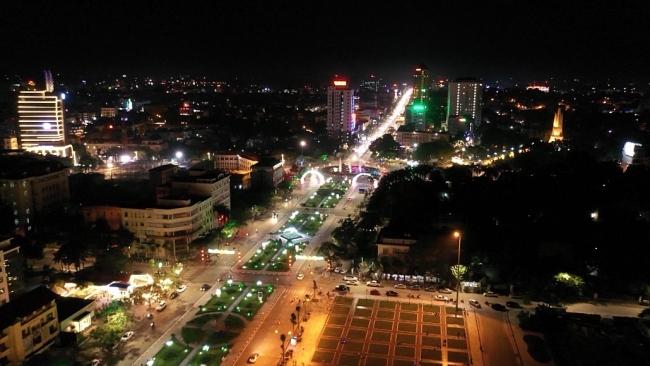 Không khí đón giao thừa Tết dương lịch 2021 tại thành phố Thái Nguyên