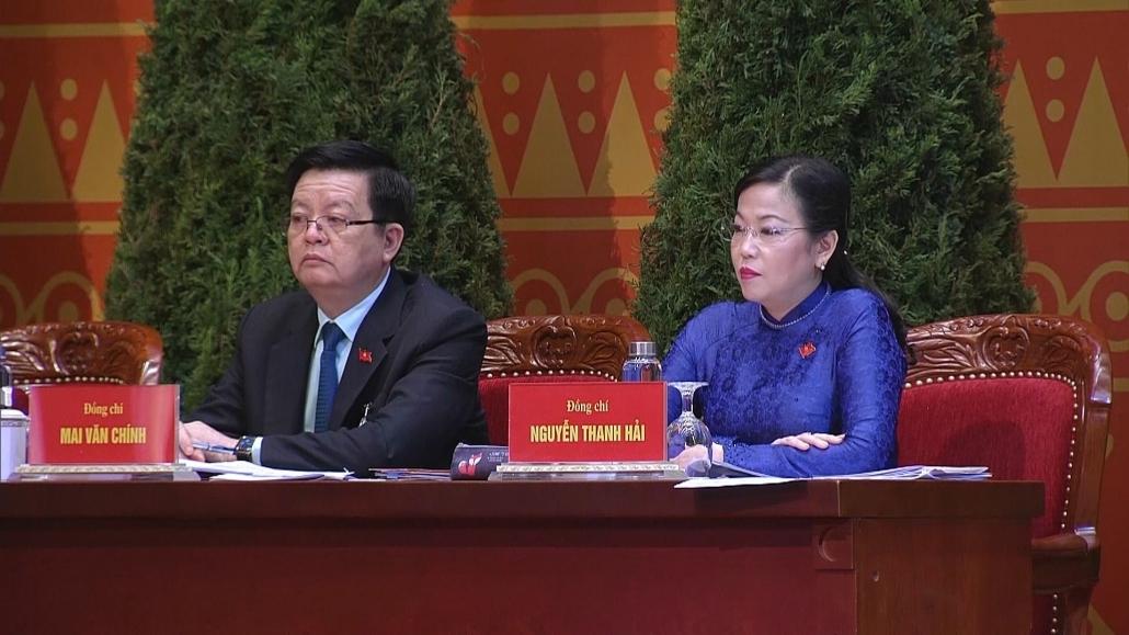 Đại hội XIII của Đảng thảo luận các văn kiện tại hội trường (CTTS 28-1)
